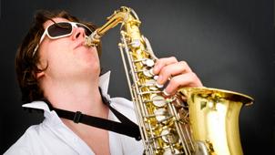 cvartet_de_coarde_cu_solist_saxofonist